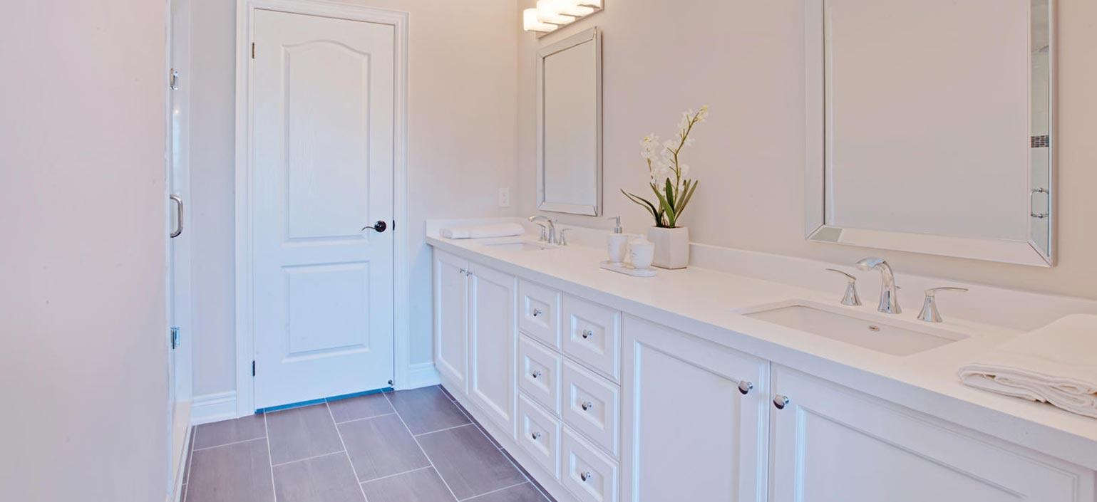 Leslie Street Bathroom